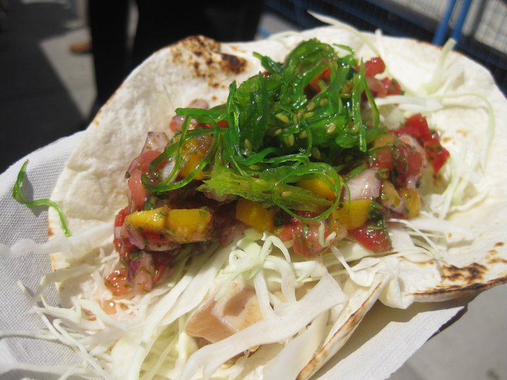 Tuna Tataki Taco