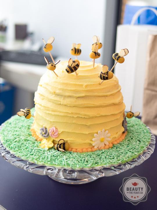 Bee Cake Pan