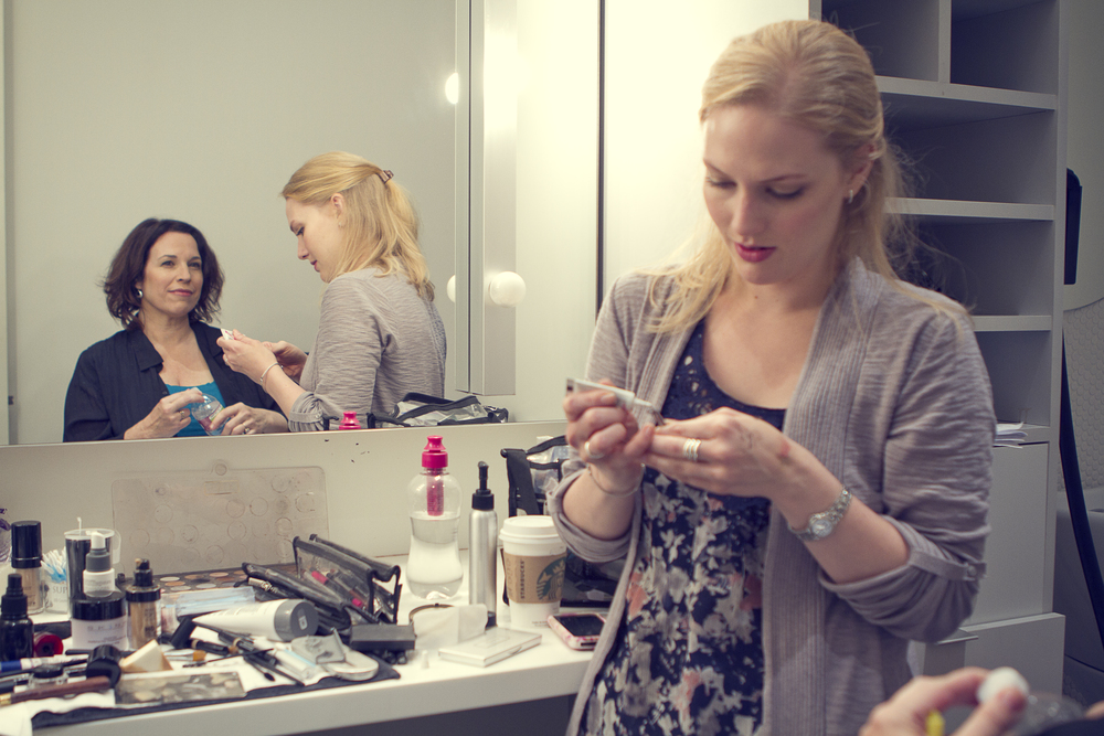 "Manning with make-up artist before  Huffington Post  ""Breakover"" shoot"