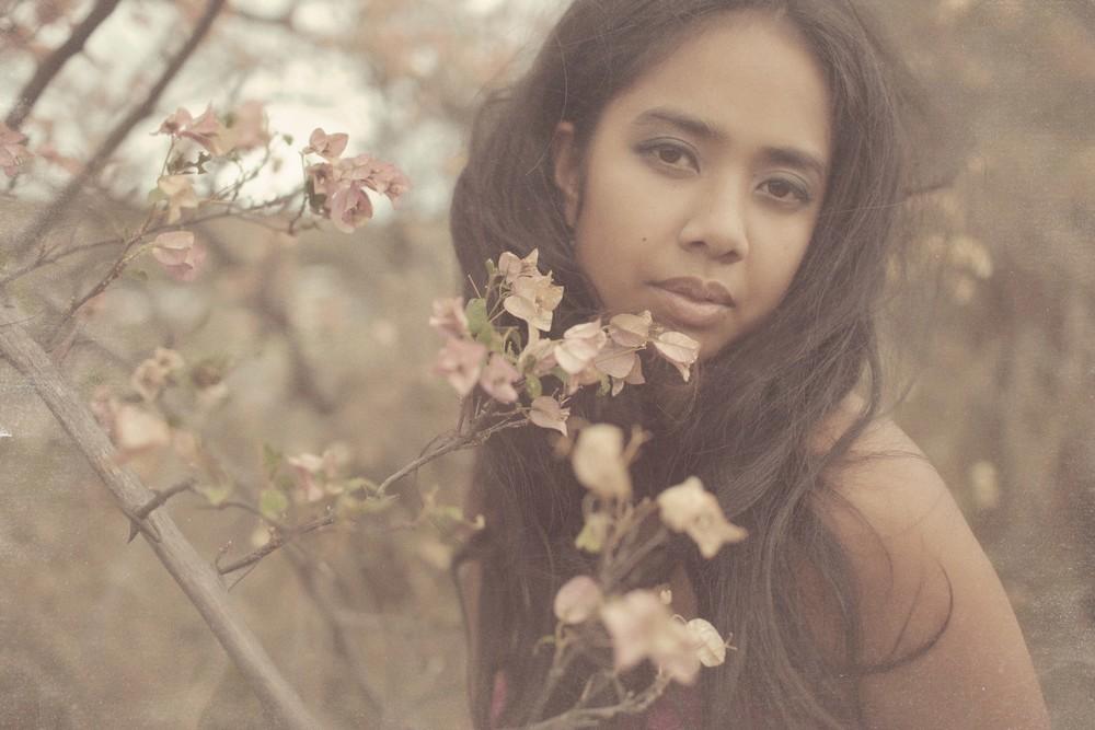 Chamonix Thurston-Rattue - Women's Portrait   Photographer —Maui, Hawaii - Daysha-19 copy 2.jpg