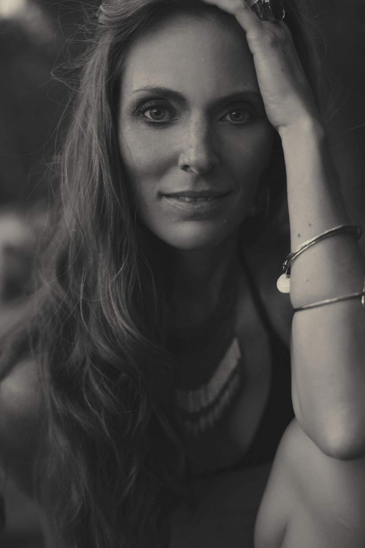 Chamonix Thurston-Rattue - Women's Portrait   Photographer —Maui, Hawaii — Ellie Baldwin Beach-3.jpg