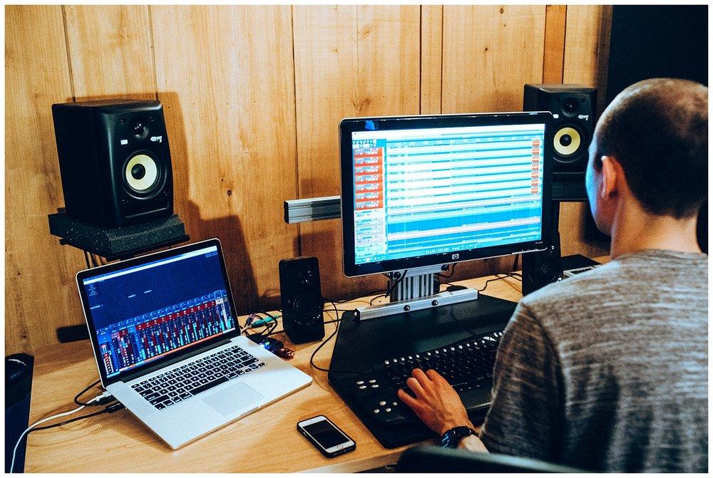 Chamonix Films - Seattle Music Videographer - Music Photography - music producing computer