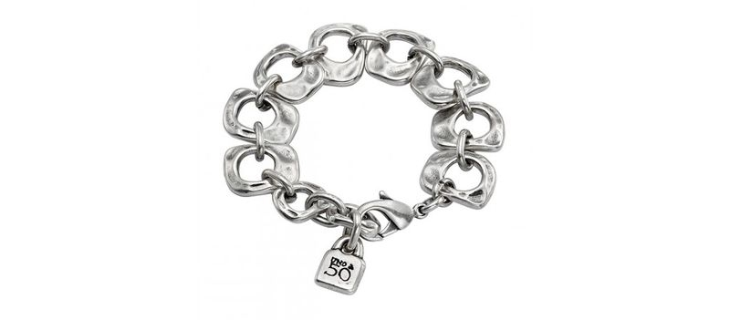Win this Uno de 50 Bracelet!