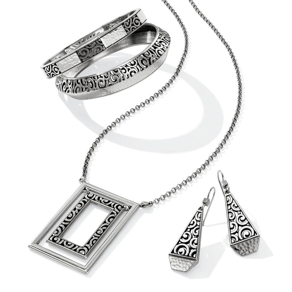jewelry deco.jpg