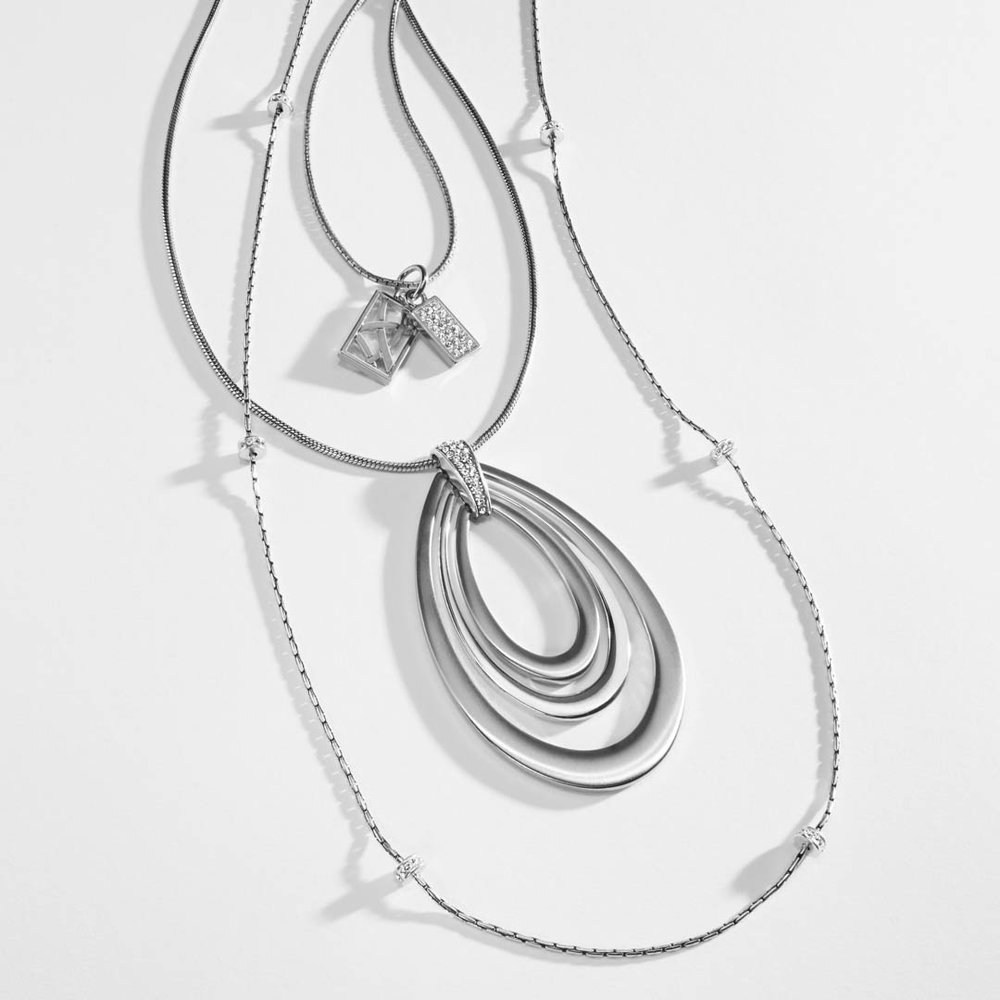 D32125_14_MeridianNecklaces_silver.Social Media.jpg