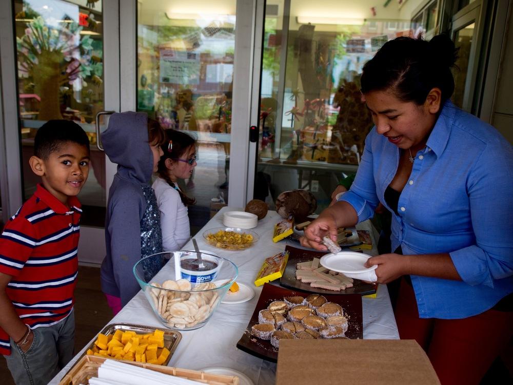 Jezebel at Mercado '15 (1).jpg