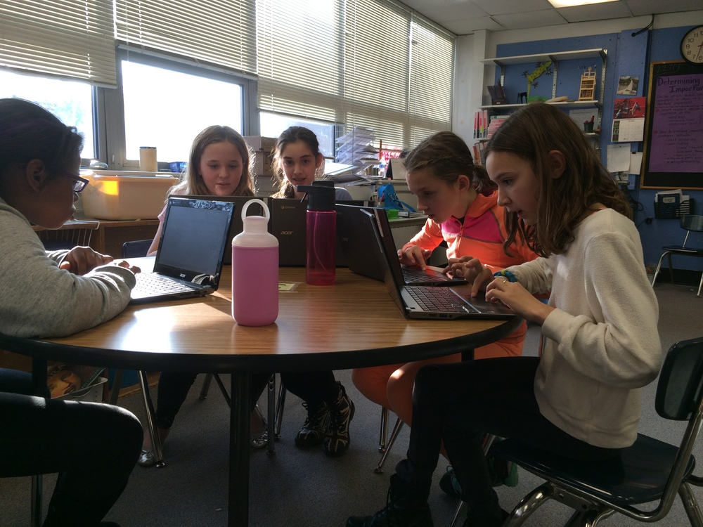11 - Hour of Code Week 2015.JPG