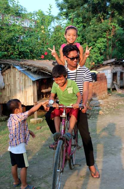 Another fun activity: rent a bicycle and pedal to Pame.