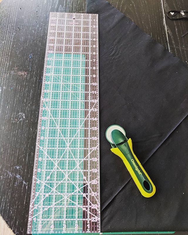 Making bias tape and realizing I really need a bigger cutting mat.. --- --- --- #AZAStudio #geekdecor #homebusiness #sew #sewing