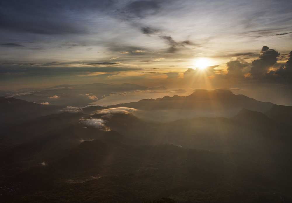 sunrise on Gunung Ebolobo