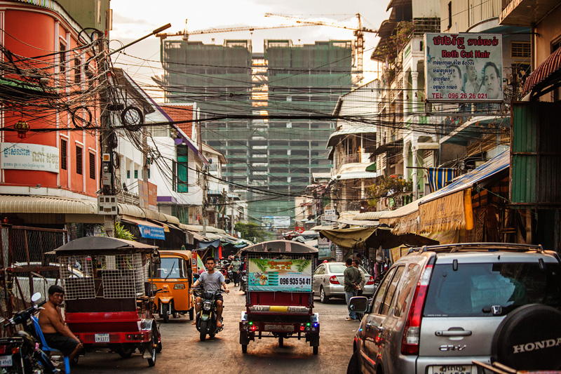 The mean streets of Phnom Penh (they might look it, but they're really not mean)