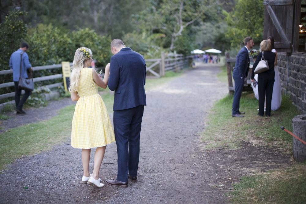 barn wedding melbourne.jpg