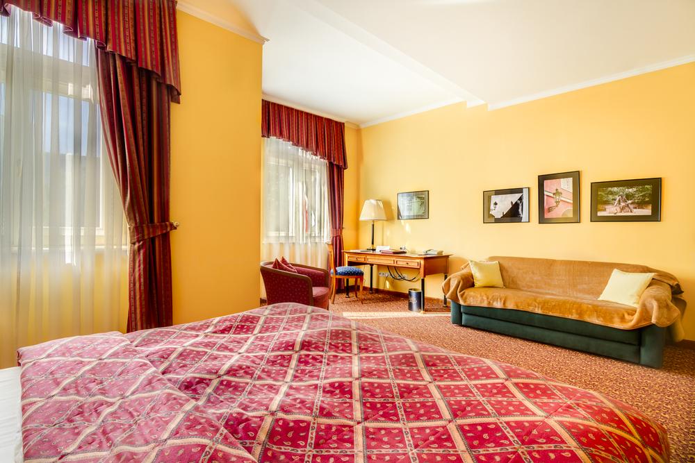 Hotel Savoy-3.jpg