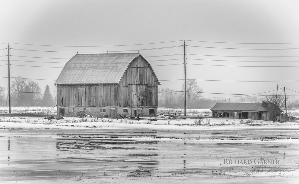 barn and low shed-1-140319.jpg