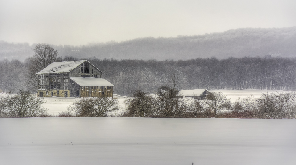 10th line winter  FEB.15-1-150209-5525 x 3087.jpg
