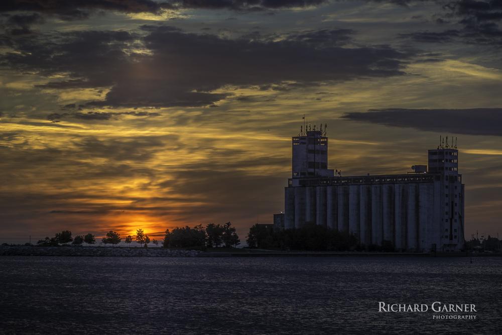 Terminal sunrise-1-140915-2.jpg