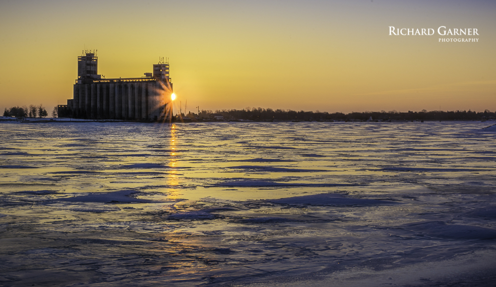 icy sunrise-150311-untitled-150311-6000 x 4000-EDIT--2.jpg