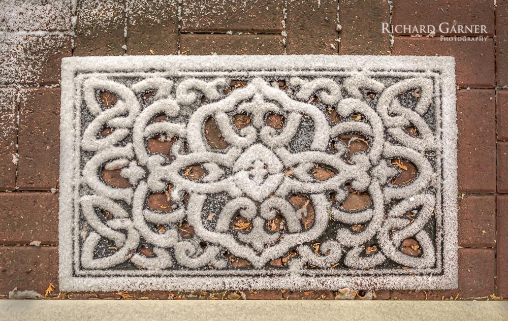 snow mat-160103-1.jpg