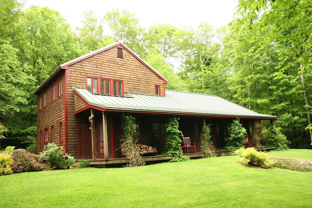 Fisherman's Paradise: 3 Bedroom, 2.5 Bath on 19.42 acres. Lew Beach, NY.