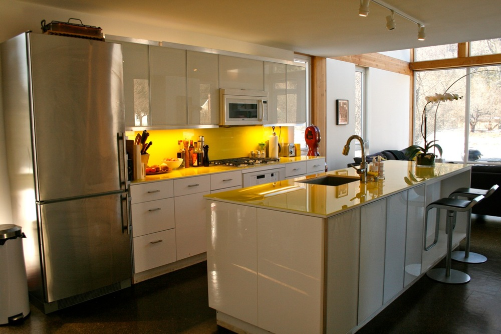 Modern Farmhouse: 3 bedroom, 2 bathroom on 1.3 acres. Claryville, NY.