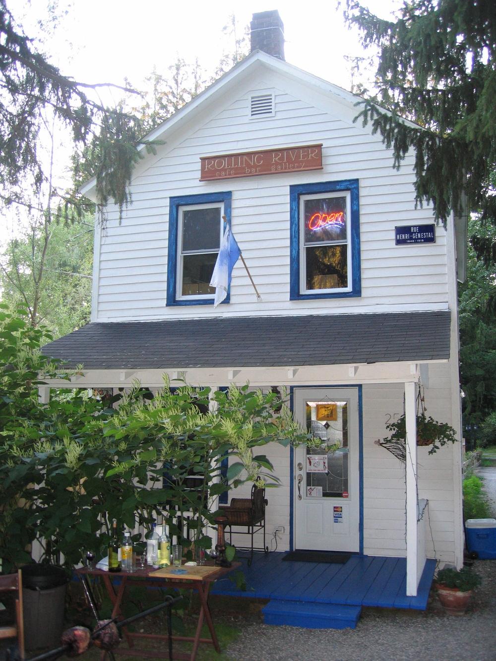 Rolling River Café in Parksville.