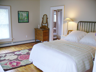 north_branch_inn_room_3.jpg