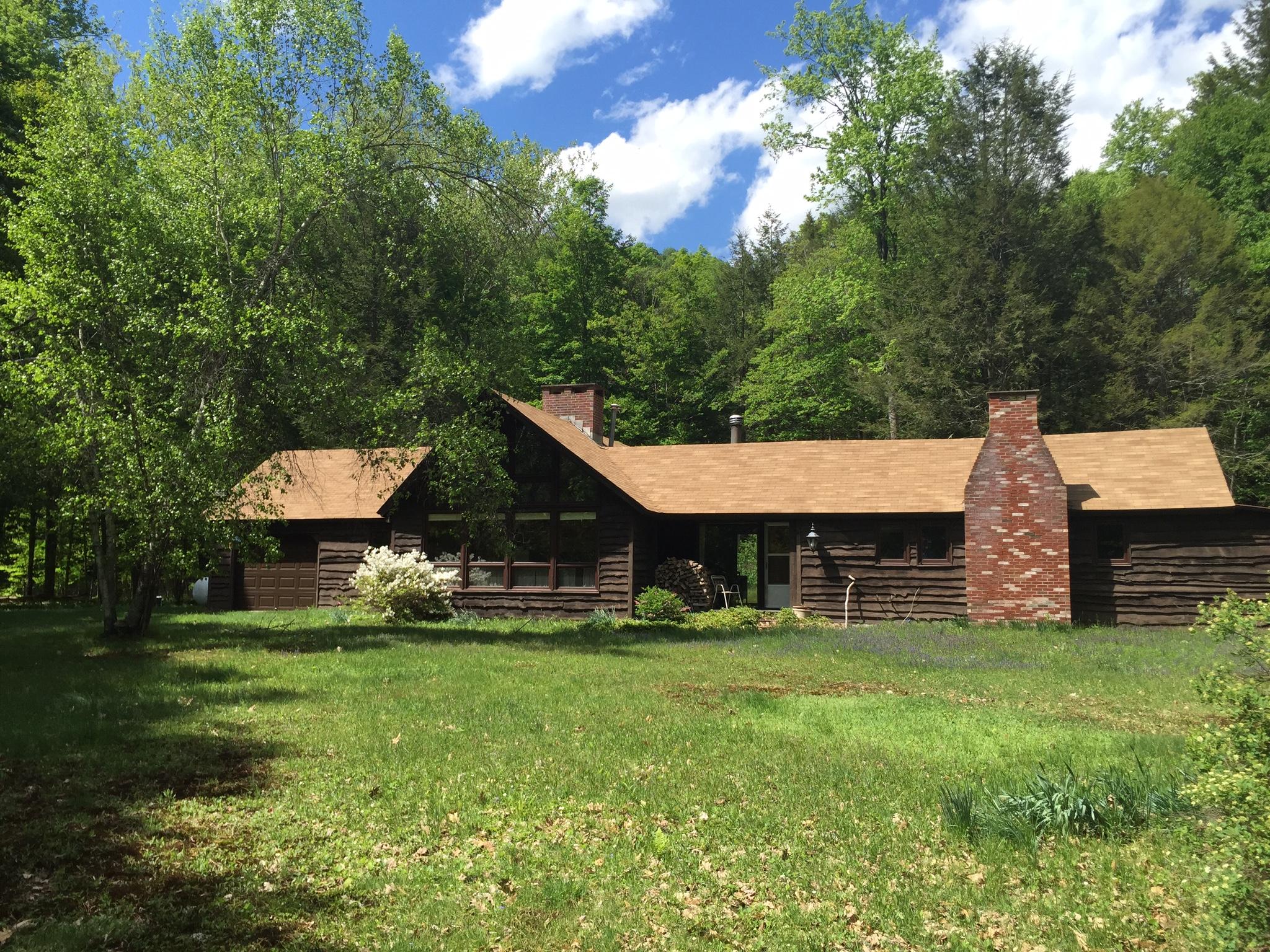 cabin cabins x photo mountain paradise pool of forge catskills lodge att rental log pigeon