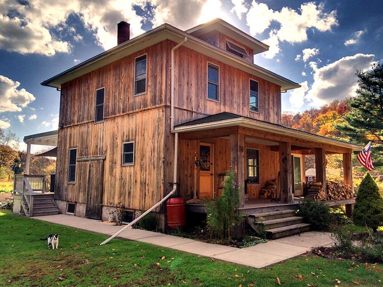 Modern Farmhouse Sold 3 Bd 15 Ba Outbuildings