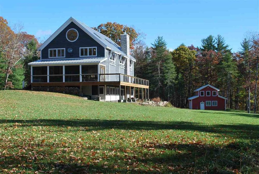 Big Barn house with 4 car garage featuring upstairs yoga studio.