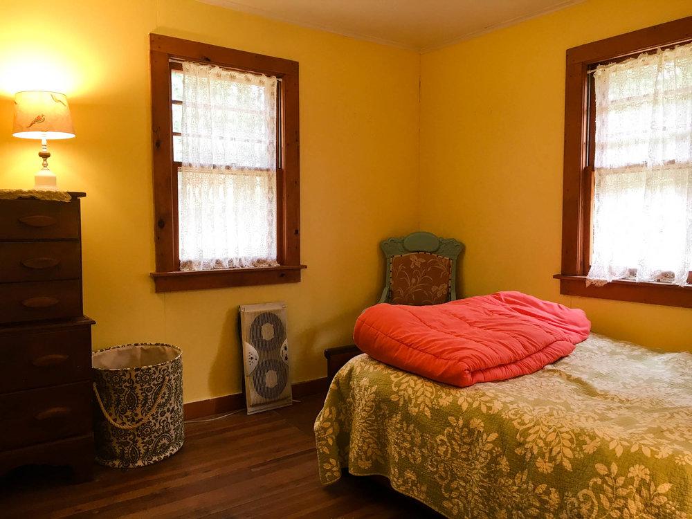 cabin_bed2.jpg