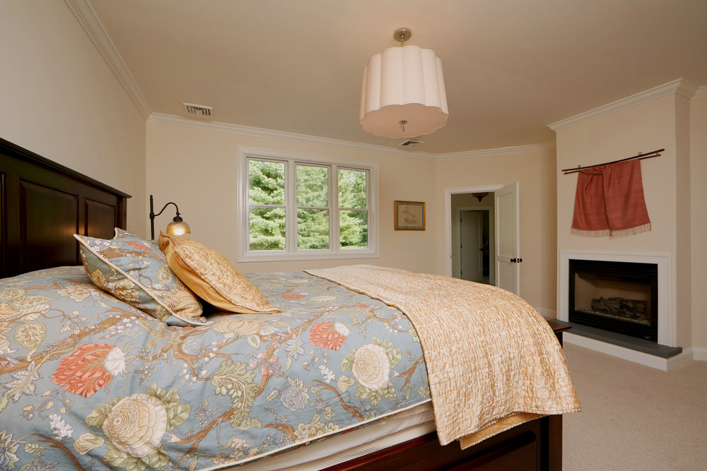 Image 14 Master Bedroom with Fireplace.jpg