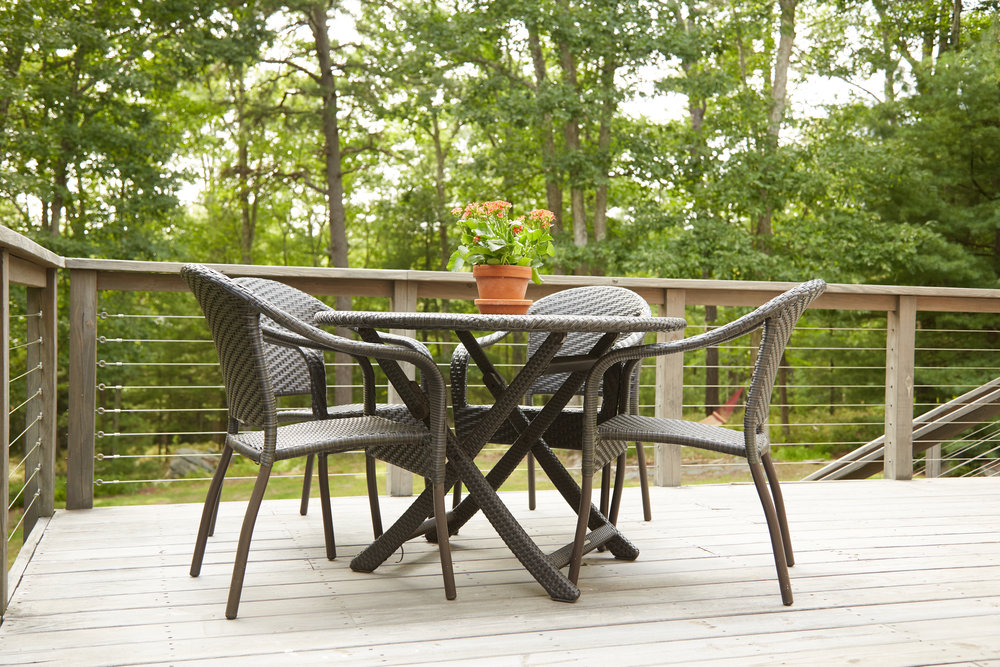 Image 23 Deck with Table.jpg