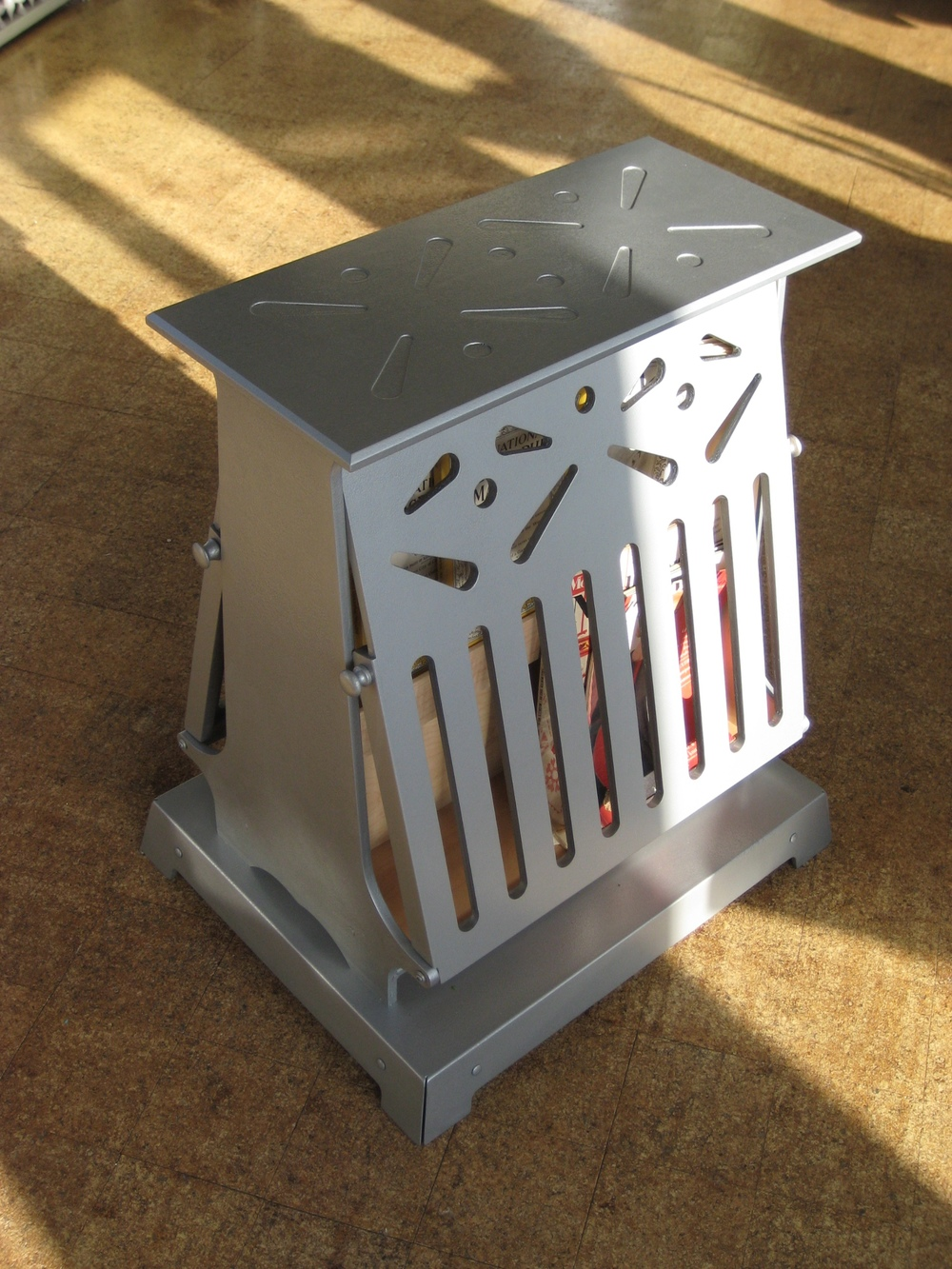 Toaster Magazine Rack
