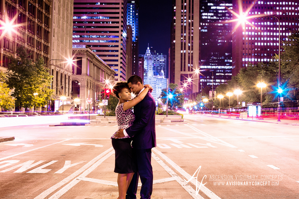 Chicago Engagement Photography: Downtown Chicago - Millennium Park