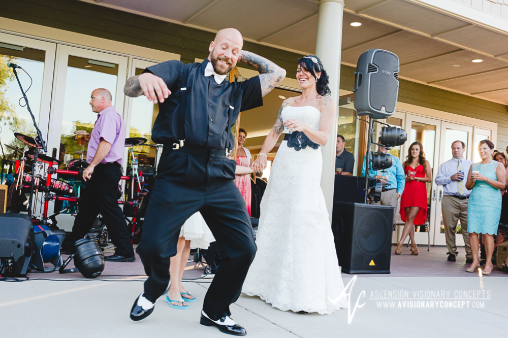 Buffalo-Wedding-Photography-VND-044-Niawanda-Park-Pavilion.jpg