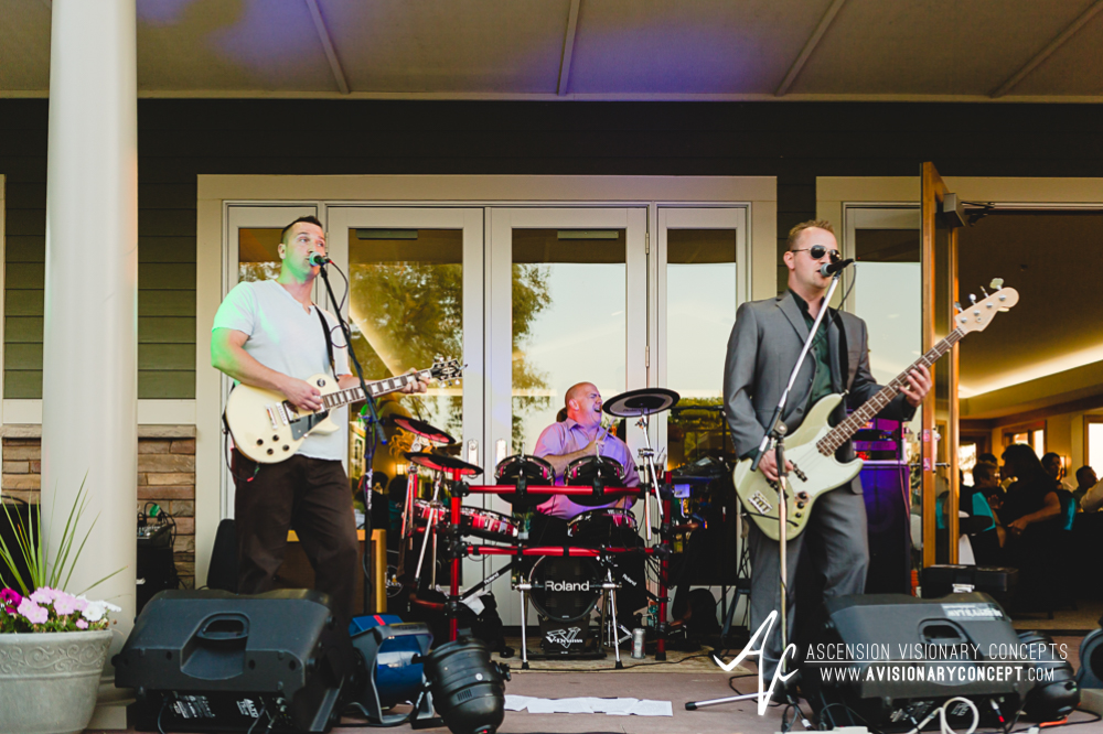 Buffalo-Wedding-Photography-VND-045-Niawanda-Park-Pavilion-Band.jpg