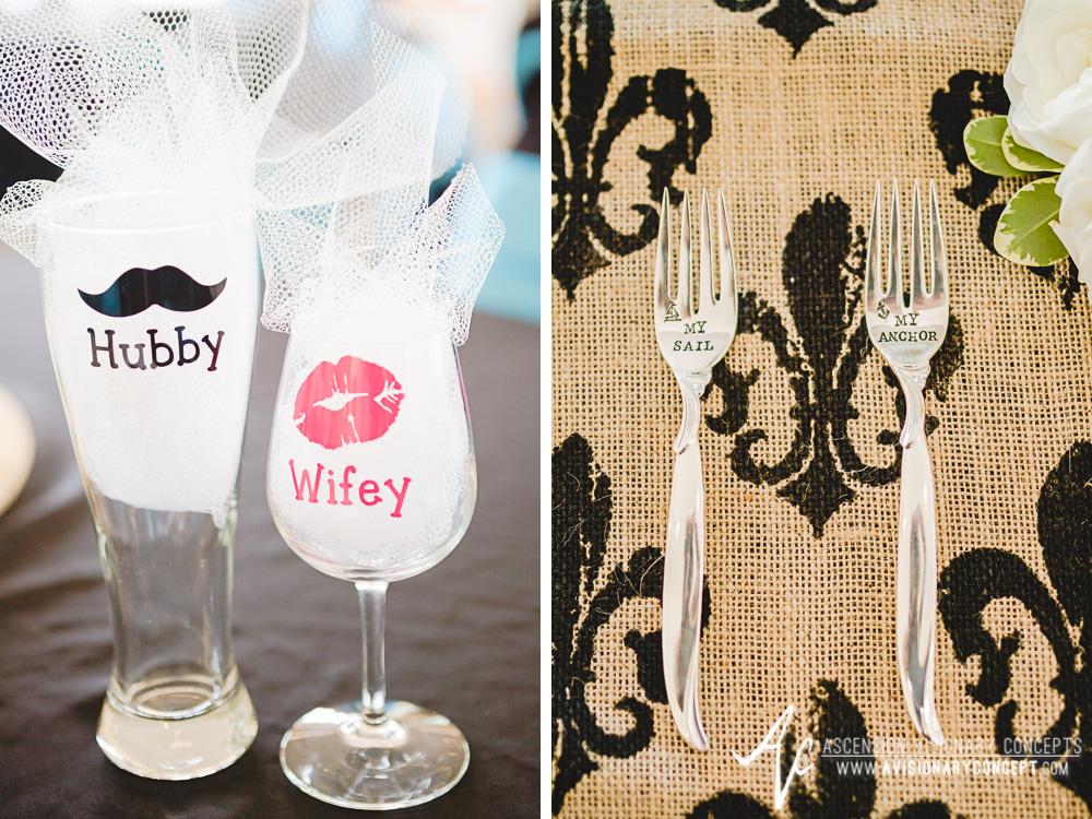 Buffalo-Wedding-Photography-VND-010-Hubby-Wifey-Glasses.jpg