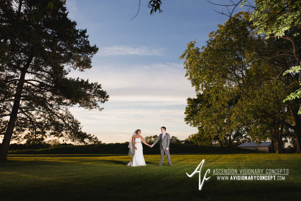 Buffalo Wedding Photography by Ascension Visionary Concepts - Hayloft in the Grove - East Aurora Weddings