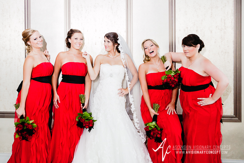 RS-MC-Wed-026-Bridesmaids-Buffalo-Foundry-Hotel-and-Suites.jpg