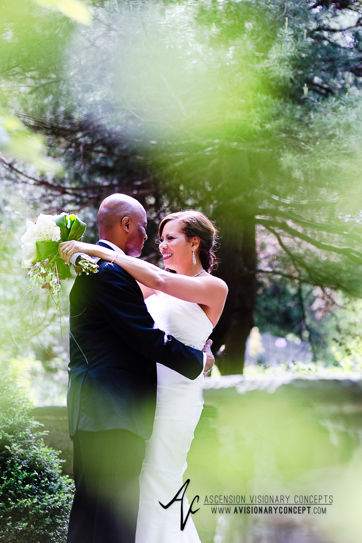Rochester Wedding Photography 015 - Warner Castle  Highland Park Sunken Garden First Looks.jpg