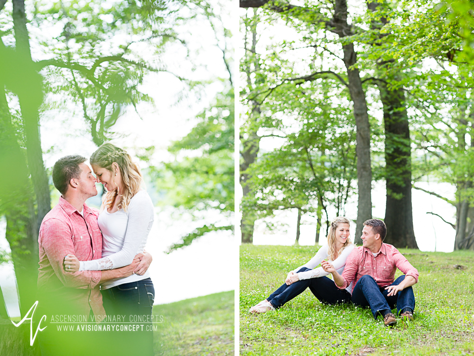 Rochester Engagement Photography 002 - Mendon Ponds Park.jpg
