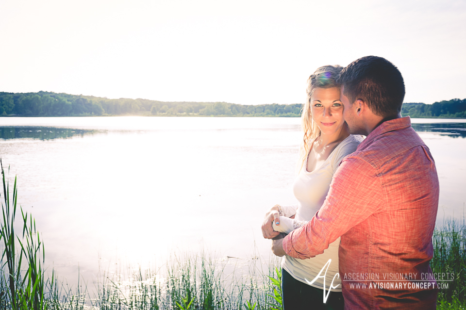 Rochester Engagement Photography 011 - Mendon Ponds Park.jpg