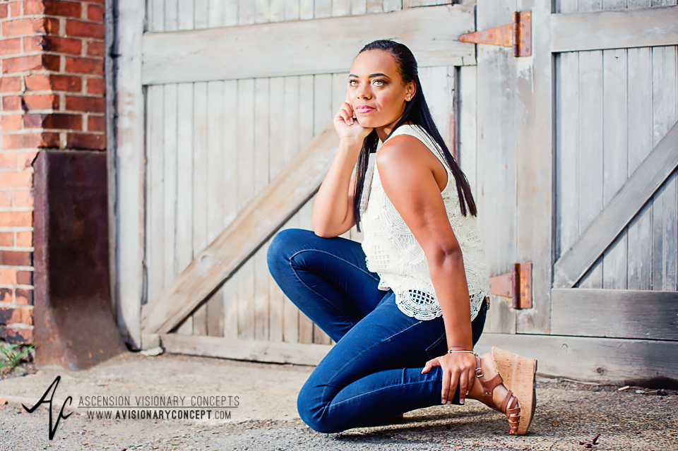 Buffalo Senior Photography Class of 2016 005 Downtown Buffalo Cobblestone District African American Teenage Girl Crochet Blouse Blue Jeans Hazel Eyes.jpg