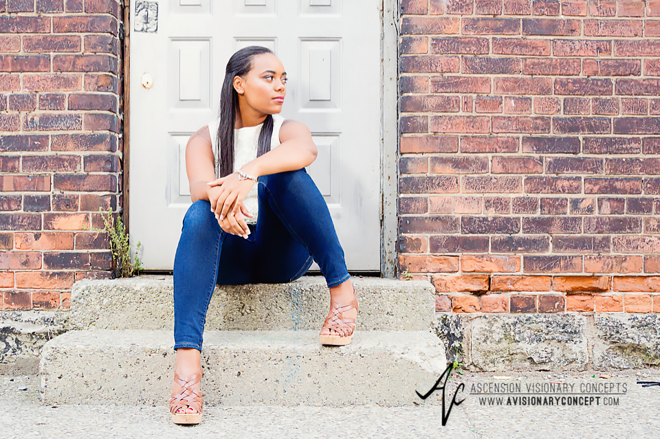 Buffalo Senior Photography Class of 2016 008 Downtown Buffalo Cobblestone District African American Teenage Girl Crochet Blouse Blue Jeans Hazel Eyes.jpg
