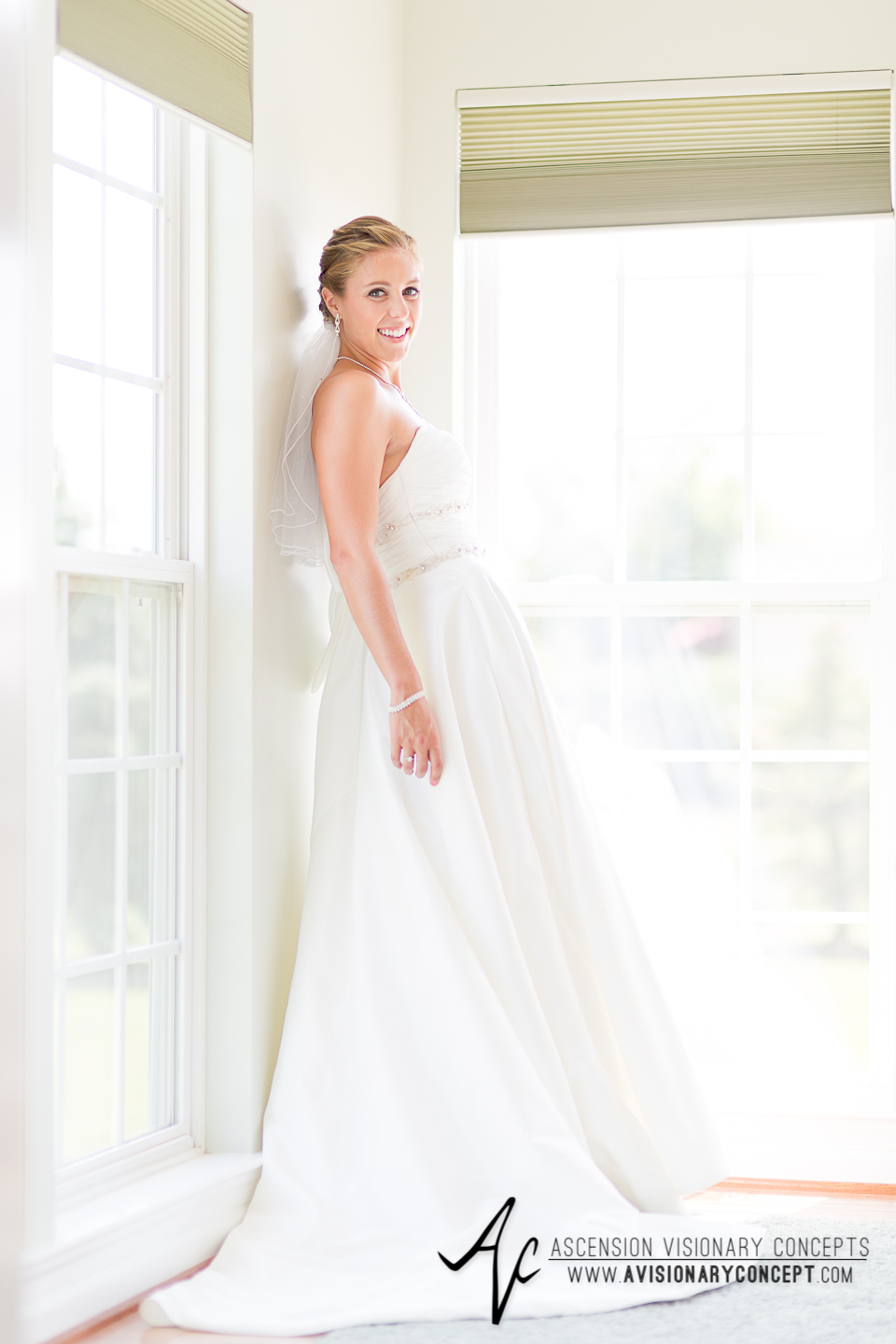 Buffalo Wedding Photography Orchard Park Country Club 015 - Beautiful Bride Portraits Alfred Angelo Dress.jpg