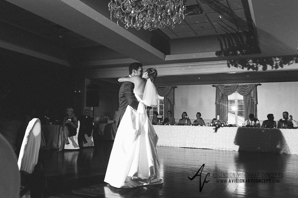 Buffalo Wedding Photography Orchard Park Country Club 057 - Reception Bride Groom First Dance.jpg