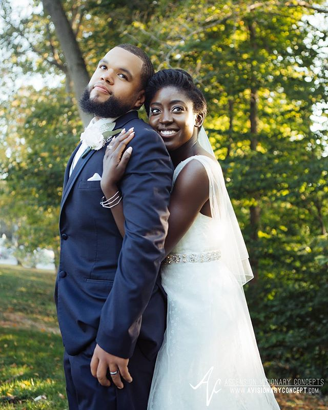 It was our pleasure to be back in #BuffaloNY this past weekend for Merlyn & James' #avantimansion #wedding! Congrats to the #newlyweds!