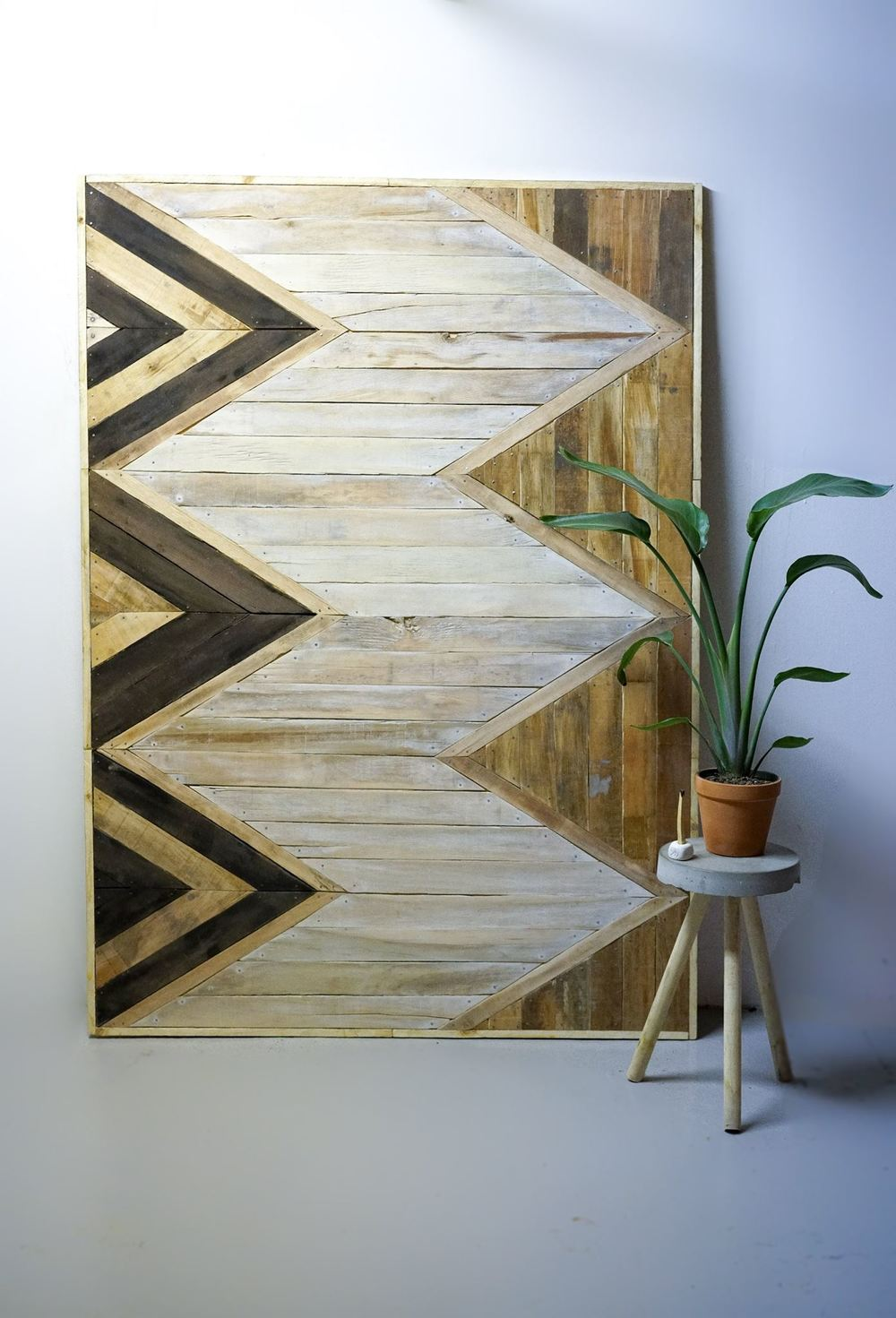 [LANGUAGE: PARQUET WALL PANEL]