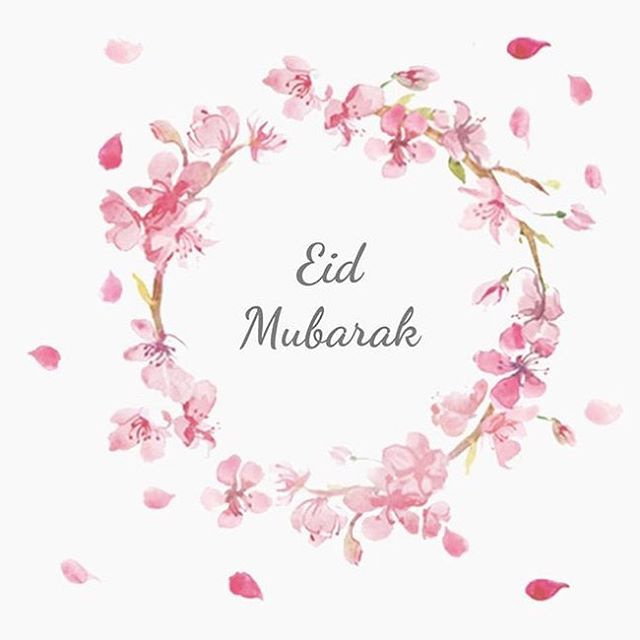 Eid Mubarak!!! :) hope everyone had a good time with friends and family 😊❤️ and I hope this past month of Ramadan has been a month of great spiritual and personal growth for each and every one of you! 😊😊 and now....back to stuffing our faces on the regular 😉 #eid #eidmubarak  #eidi #ramadan #happyeid #muslim #muslimah #muslimgirl #muslimwomen #eidoutfit #zahrawanders #love #peace #iraniangirl #ottawa