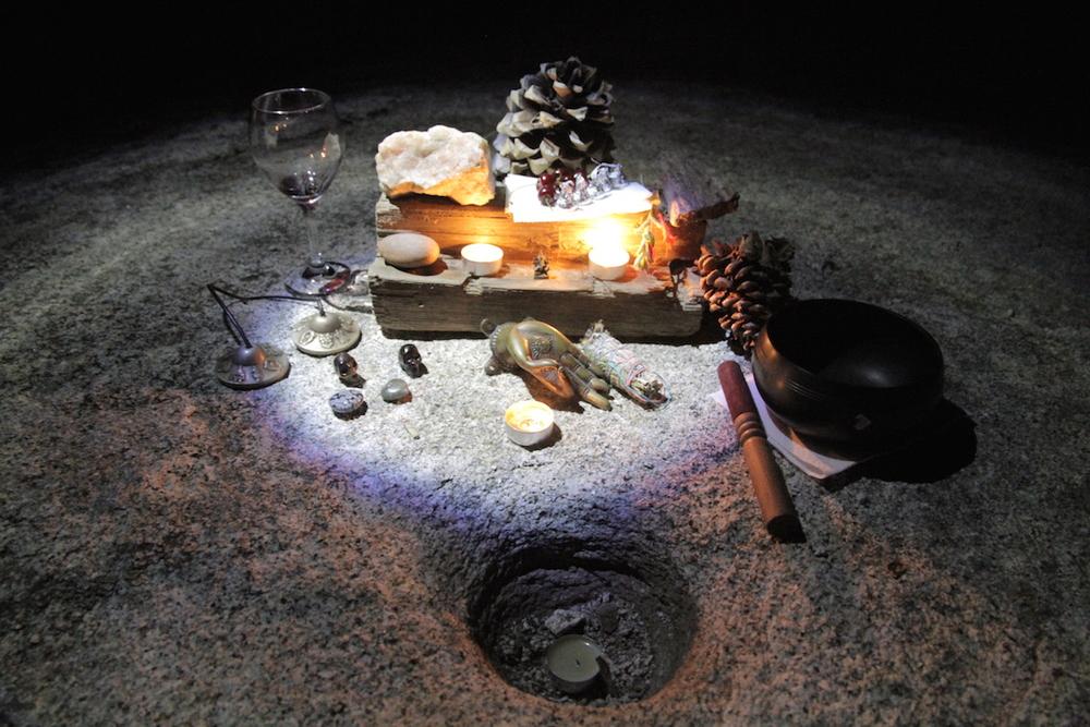 kminter-summersolstice-altar.jpg